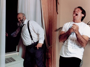Oliver Sacks and Robin Williams on the set of Awakenings (brainpickings.org)